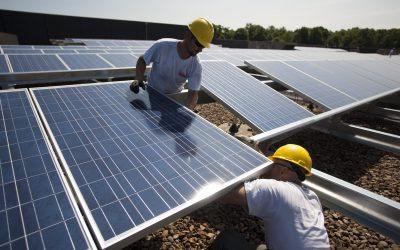 تركيب وتجهيز الطاقة الشمسية للإضاءة والمزارع
